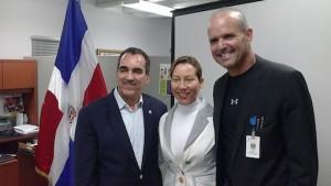 foto consulado dominicano miami