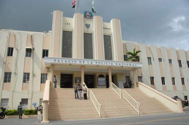 PN persigue dos hombres cargaron con dinero de institución bancaria