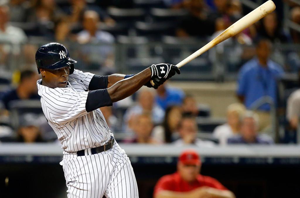 Soriano dispara dos cuadrangulares y remolca seis en triunfo de Yankees sobre Angelinos