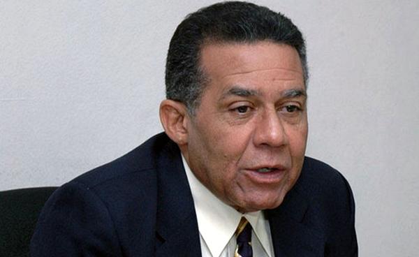 Periodista Juan Bolívar Díaz sufre accidente en Bonao