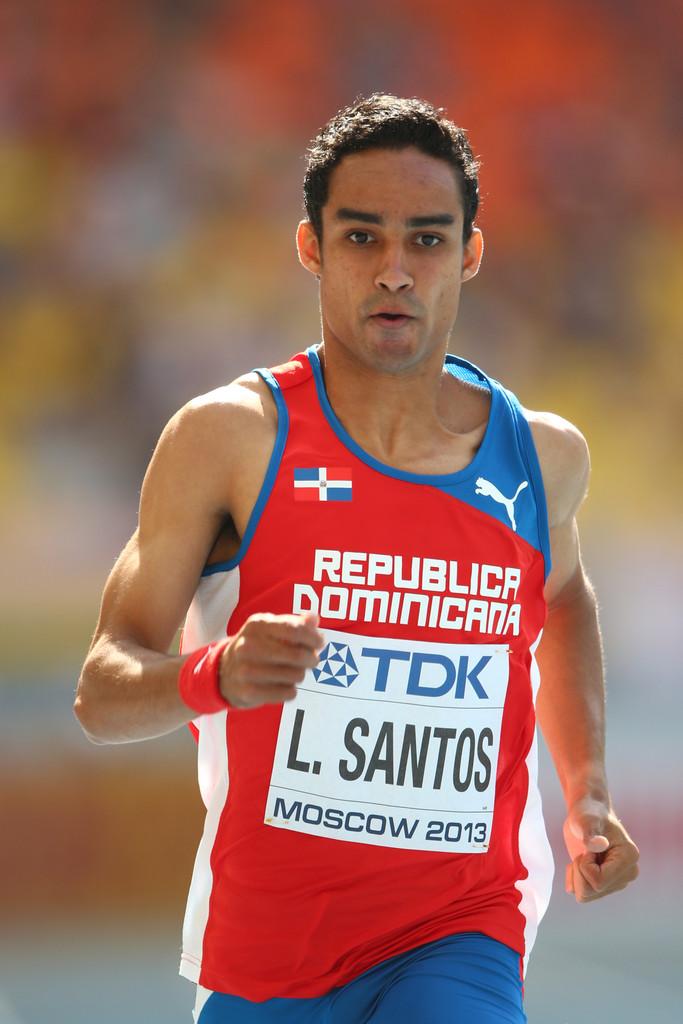 Luguelín Santos a la final en mundial de atletismo en Rusia