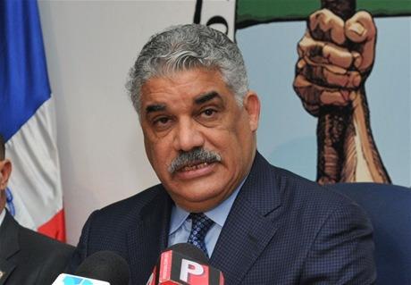 Miguel Vargas convoca a elección de vocero en la Cámara Baja