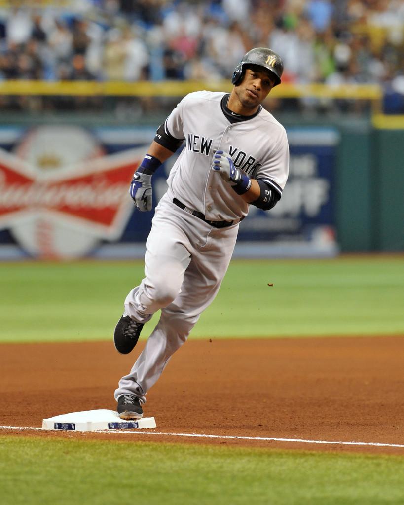 Robinson Canó dispara cuadrangular 24 en triunfo Yankees