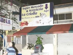 """Capturan tres de cinco presuntos delincuentes hirieron propietarios de supermercado """"La Criolla"""""""