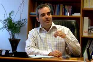 Luis Abinader apoya esfuerzo de mediación de la COPPPAL en conflicto del PRD