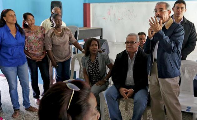 Presidente Medina aprueba construcción de nave industrial y otorga financiamiento en SPM