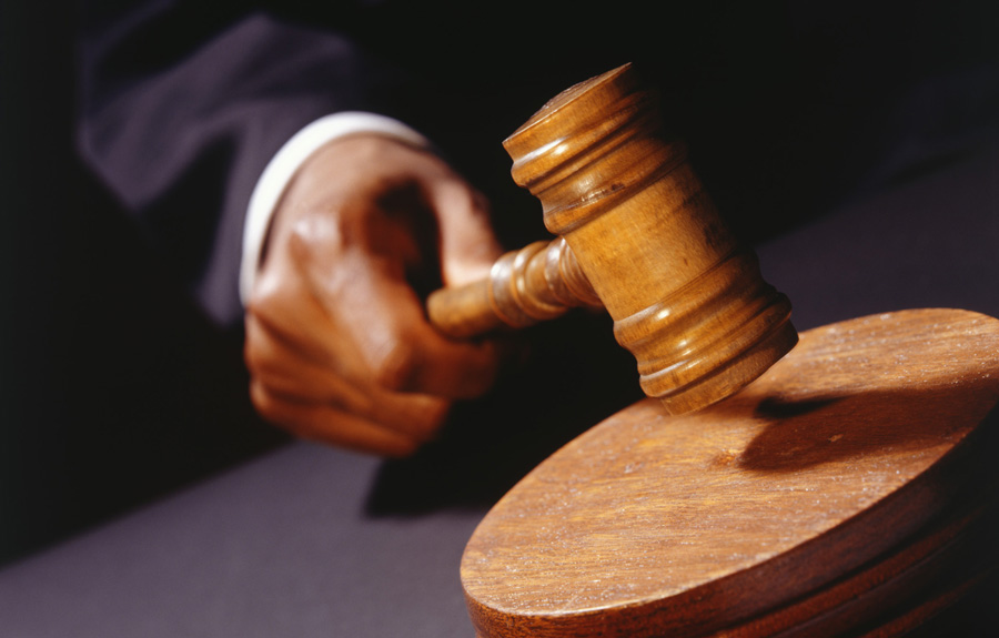 Condenan a 15 años de prisión a dos hombres por herir mujer en la cara durante asalto