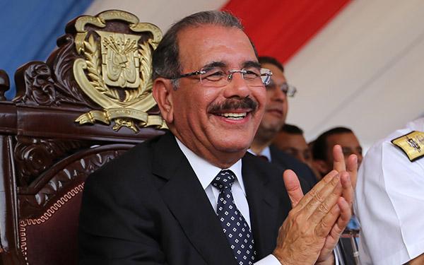 Presidente Medina felicita baloncestistas dominicanos por clasificar para el mundial