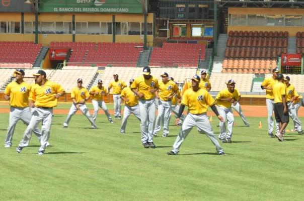 Águilas Cibaeñas inician hoy sus entrenamientos con miras al próximo torneo de béisbol invernal