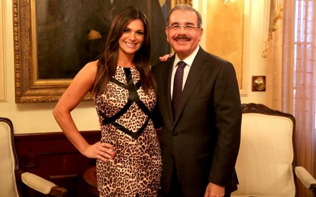 Presidente Medina recibe visita de cortesía de presentadora Bárbara Bermudo