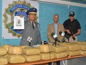 DICAN apresa cuatro hombre y les ocupa 360 libras de marihuana al desmantelar red de narcotráfico