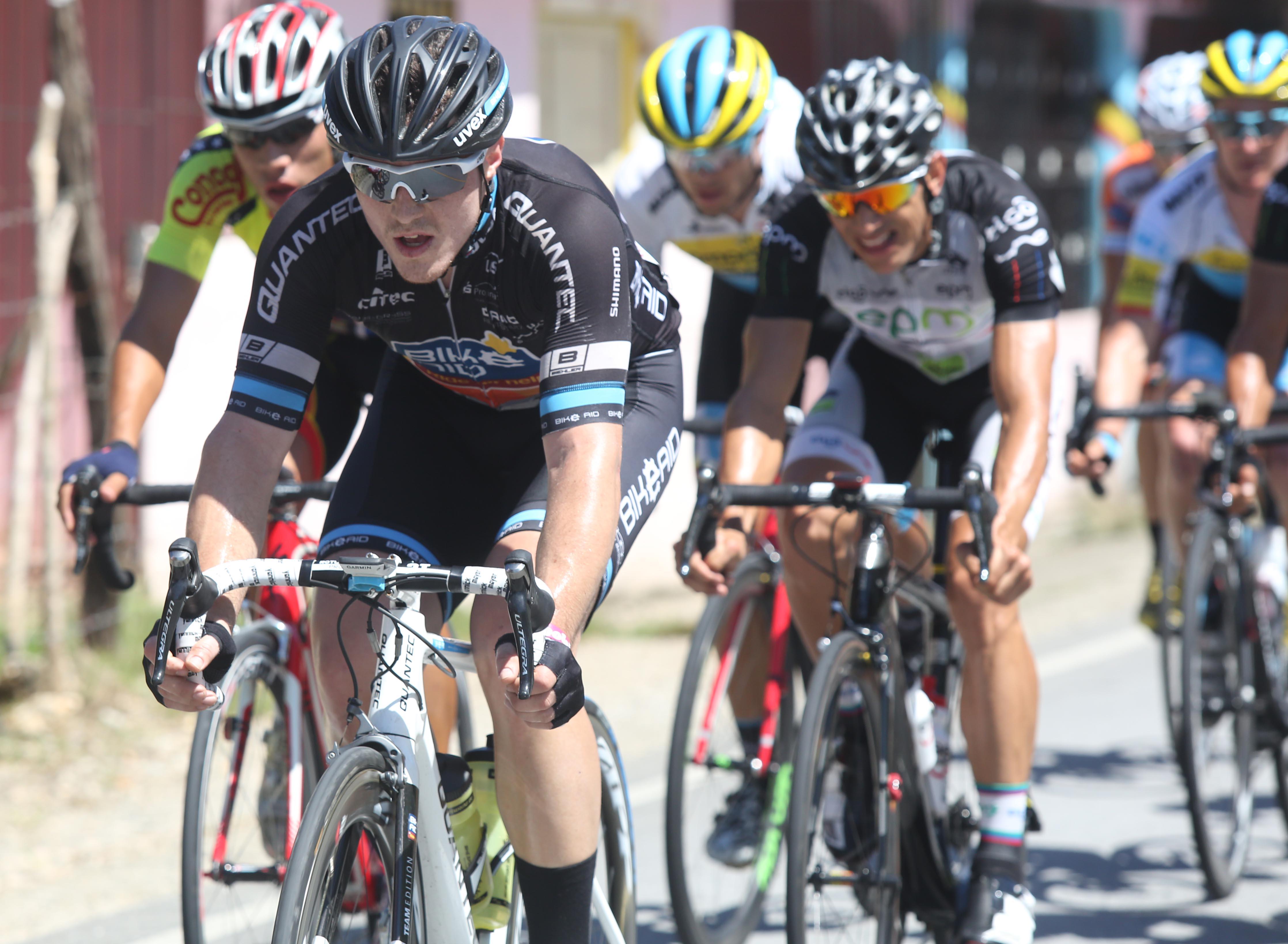 Yannick Mayer se lleva la cuarta etapa en la Vuelta Independencia