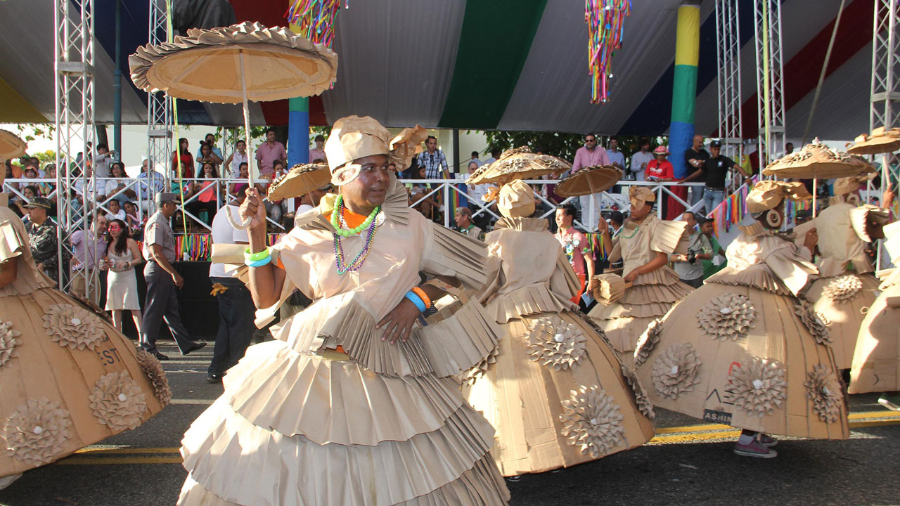 Ministerio de Cultura da a conocer comparsas ganadoras Desfile Nacional Carnaval 2015