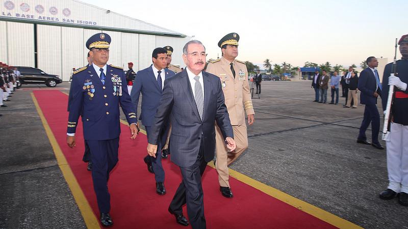 Presidente Medina salió este lunes hacia Guatemala para participar en la Cumbre SICA