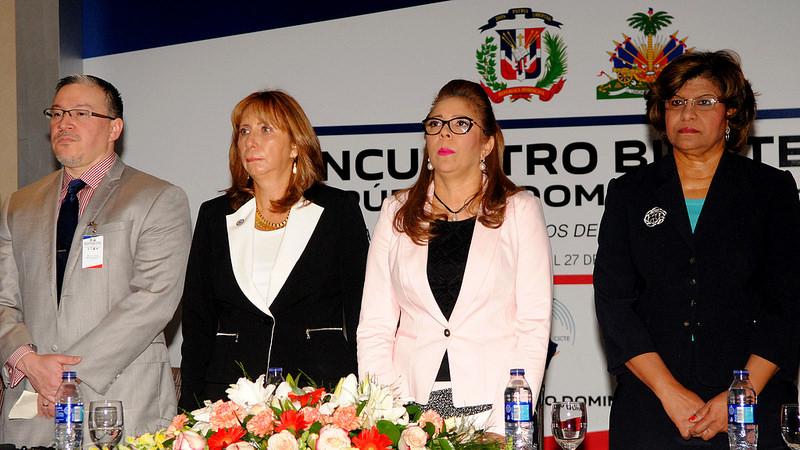 Dirección de Pasaportes capacita dominicanos y haitianos contra fraudes