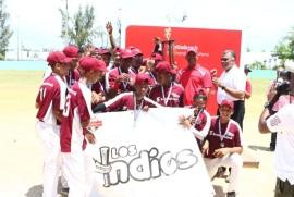 Indios Orientales derrotan a los Marineros de Villa Duarte y se proclaman campeón en clásico de Pequeñas Ligas