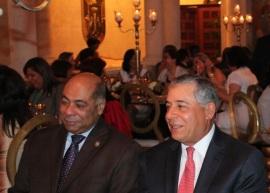 Alcalde Salcedo plantea cargos sean 50% para los hombres y 50% para mujeres