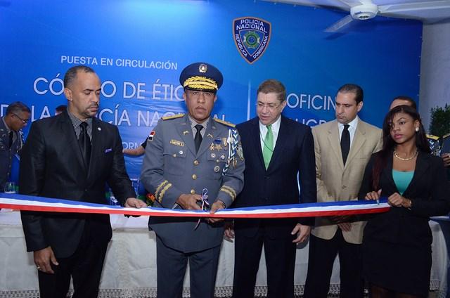 Policía pone en circulación Código de Ética y en funcionamiento la División de Poligrafía