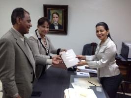 PRD entrega a la Junta Central Informe informe financiero 2014