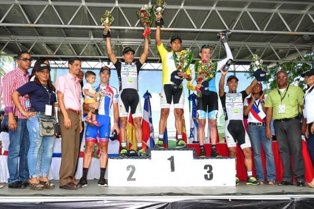 Colombiano Oyola conquista la edición 36 de la Vuelta Independencia