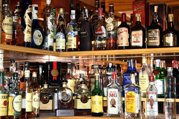 Interior y Policía prohíbe a negocios vender alcohol el Viernes Santo