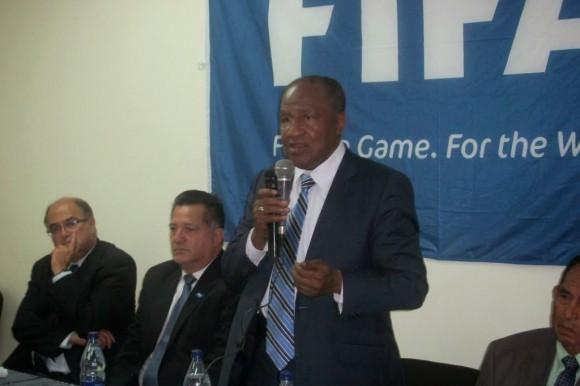 28 árbitros trabajarán en la Liga Dominicana de Fútbol