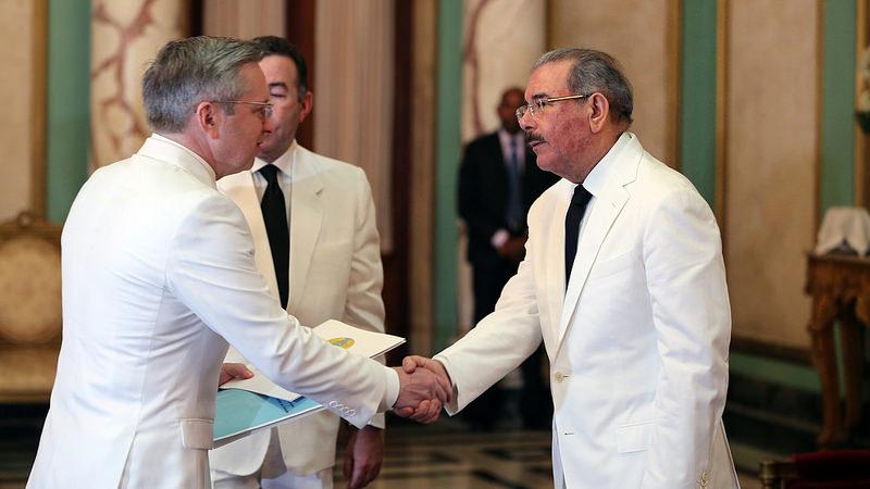 Presidente Medina recibe credenciales embajadores de México, Ecuador, Haití y Kazajstán
