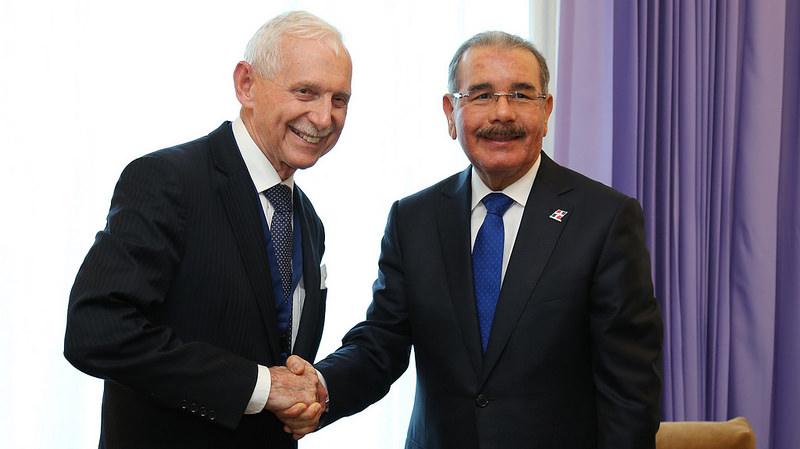 En encuentro con director OIM, Danilo reitera petición países ayuden Haití