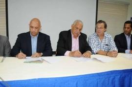 MLB y Ministerio de Deportes firman acuerdo para fomento de la educación y el deporte