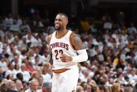 Cleveland derrotó a Boston y coloca serie 2-0 a su favor; LeBron anotó 30