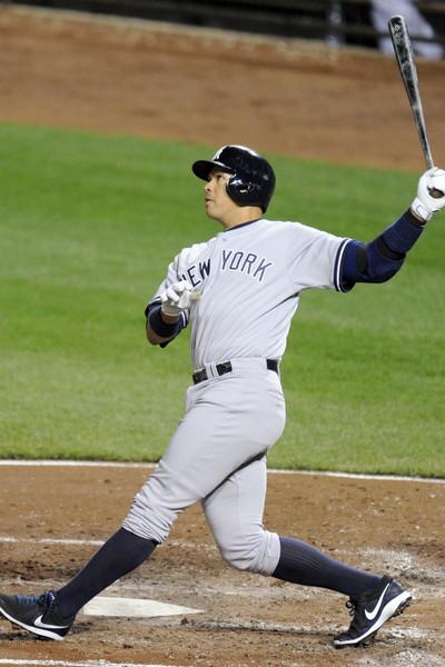 Alex despacha dos HR en victoria de Yankees; se acerca a Willie Mays