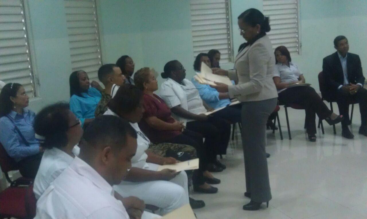 Hospital Santo Socorro ofrece taller a empleados