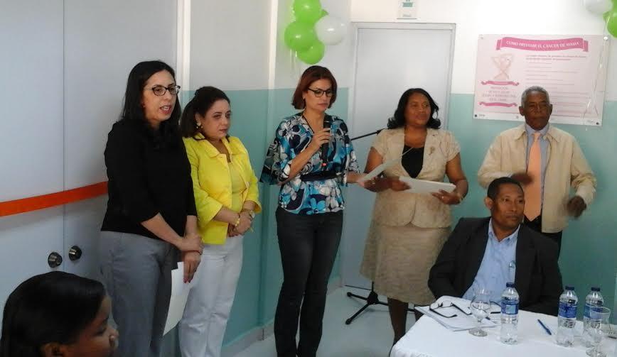 Salud Pública entrega remodelada Unidad de Adolescentes en hospital de Barahona