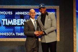 Dominicano Karl Towns elegido número uno en el draft de novatos de NBA